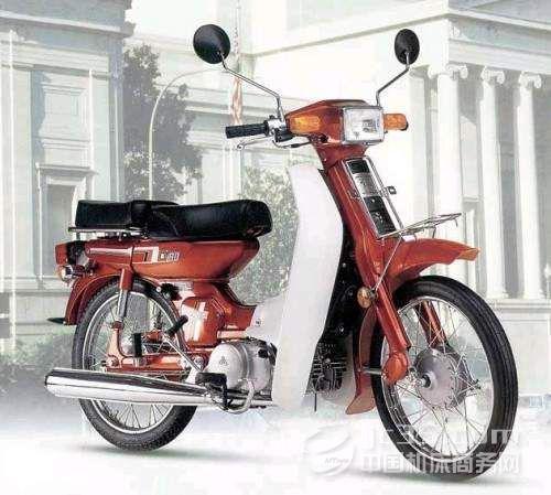 日本雅马哈发动机集团生产并销售摩托车