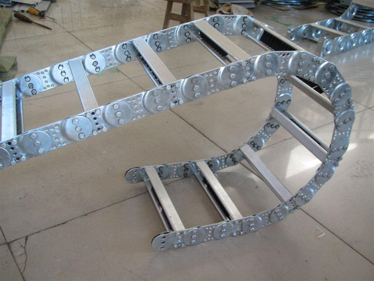 线缆移动钢铝拖链