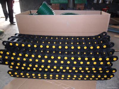 数控机床塑料坦克链产品图